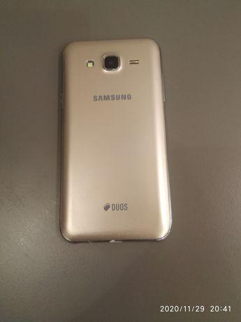 Продам смартфон Самсунг Galaxy J5