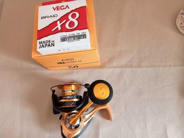 Carreto Daiwa Aird 6000-H + Linha Vega Braid X8 22 mm Reservado