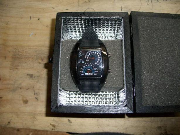 Relógio Led Racing