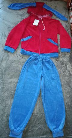Вельветовый костюм с ушками зайки на девочку 122 см,5-6-7 лет