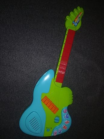 Gitara elektroniczna.