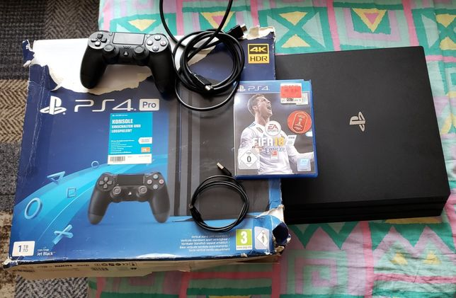 Konsola PlayStation 4 PRO PS4 Stan Dobry