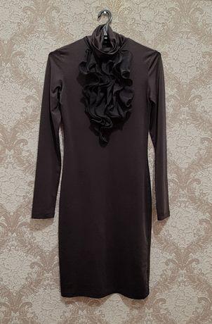 Темно сіре плаття з жабо