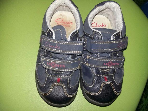 Buty dziecięce R. 20,5 świecące