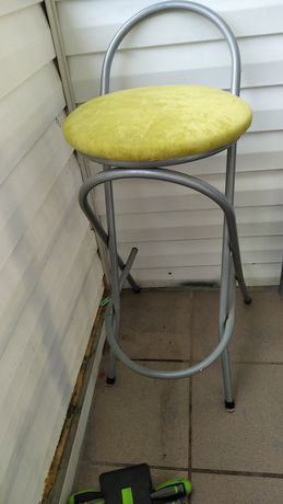 Krzesła wysokie dwa-Rezwrwacja do 13.06