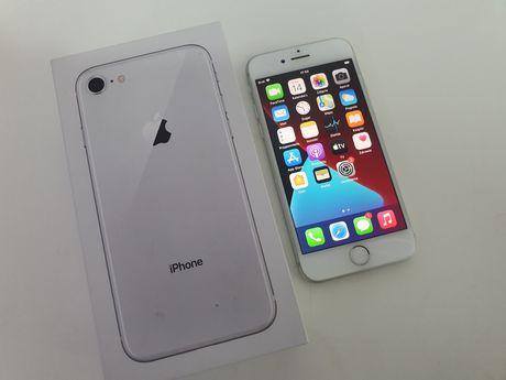 Iphone 8 wersja 64GB bez simlocka cały zestaw