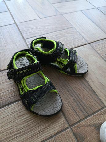 Sandałki, klapki, trampki rozmiar 30