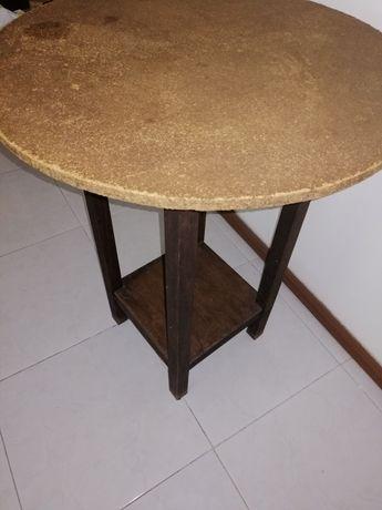 Mesa redonda camilha