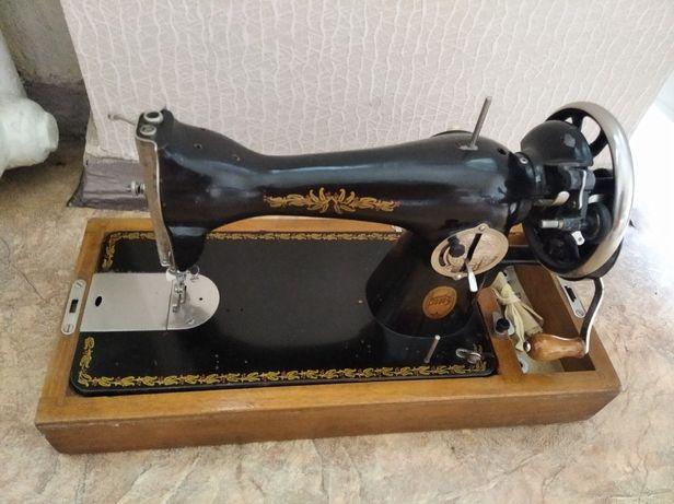 Продам швейная ручная машина Подольская