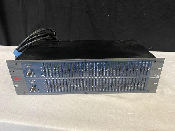 Korektor stereo equalizer dbx 1231, 20hz-20khz graficzny sprzęt dj