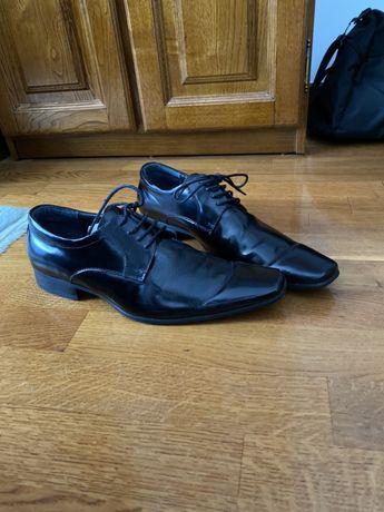 Sapatos pele Aldo Homem tamanho 40