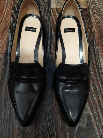 Стильные туфли Bata