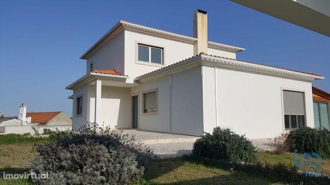 Moradia - 202 m² - T4