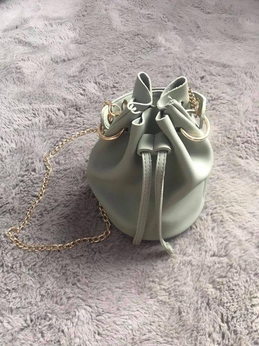 Mała zielona torebka damska Chybie - image 1