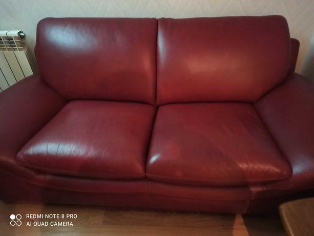 Sofa em Pele Vermelho