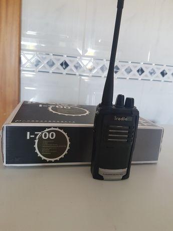 WALKIE TALKIE  Iradio l-700