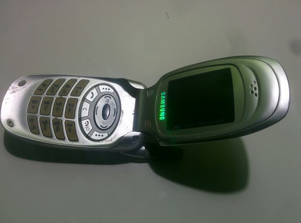 Телефон Samsung Раскладушка Самсунг SGH-T100