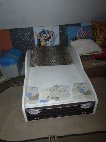 Sprzedam łóżko dziecięce pilnie.