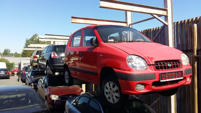 Hyundai Atos nz części, czerwony