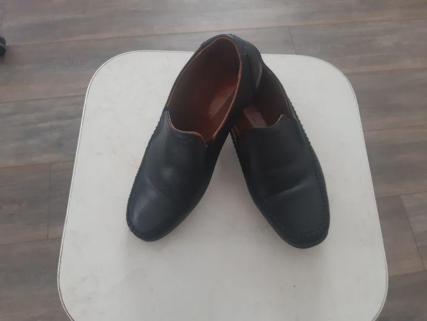 Туфли кожаные 35-36 р.