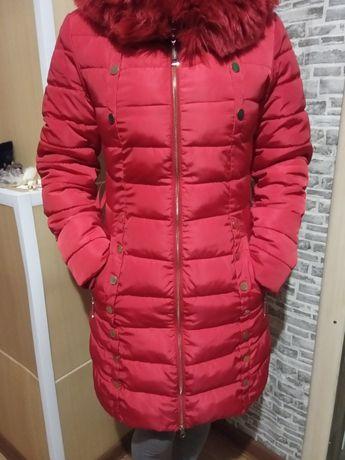 Продам зимнюю курточка