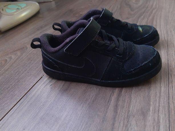 Buty chłopięce Nike roz 27