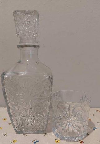 Karafka i szklanka kryształowa