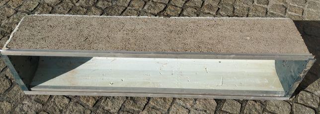 Caixa de estore com isolamento nova -1,40 cm