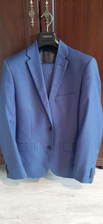 Garnitur niebieski