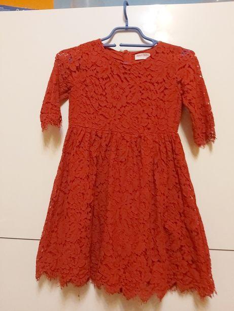 Czerwona sukienka roz.140