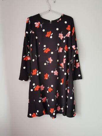 Piękna sukienka w kwiaty rozm xs/s
