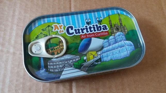 Caixa de sardinhas Curitiba - Brasil
