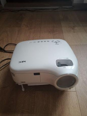 Projektor NEC LT-380