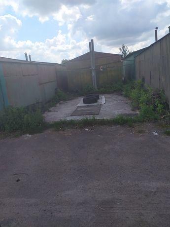 Продам гараж( місце ) левандівка