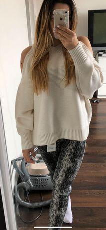 Sweter biały ecru Zara s wycięte ramiona