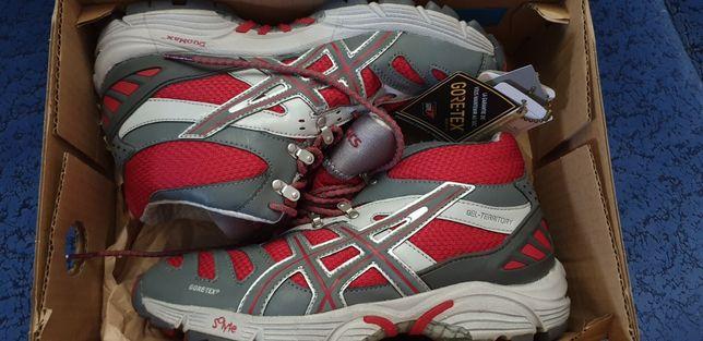 Трекинговые ботинки 36- 37 размер