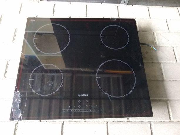 Płyta indukcyjna Bosch (pęknięte szkło)