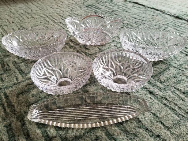 Хрустальная посуда салатники