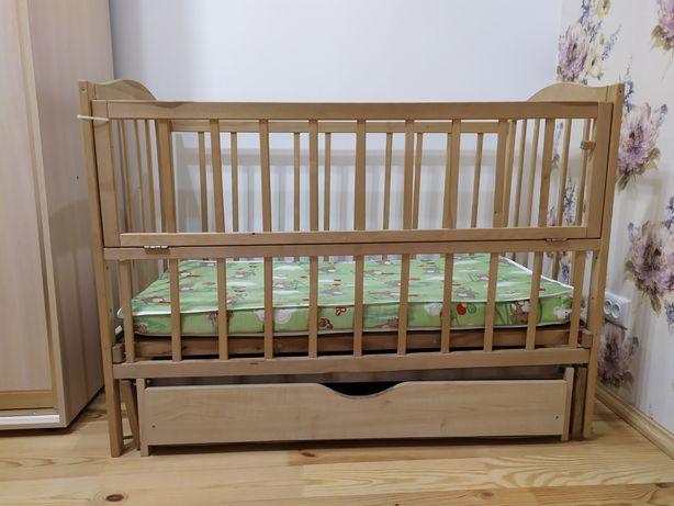 Терміново! Дитяче ліжечко з матрасом