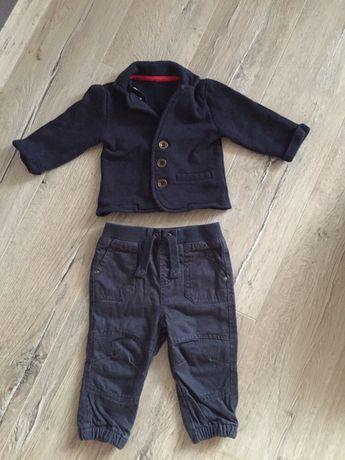 Elegancki komplecik marynarka i spodnie dla niemowlaka