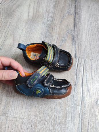 Шкіряні кросівки Clarks 18,5