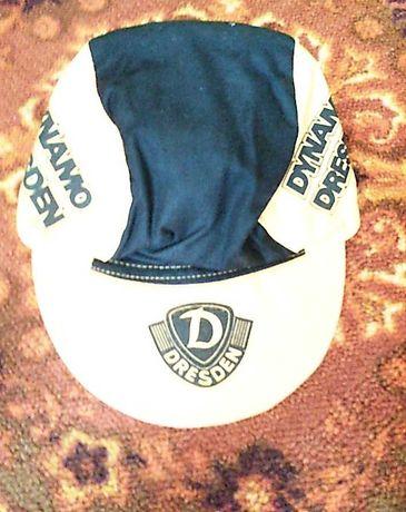 Бейсболка футбольного клуба Динамо Дрезден Германия