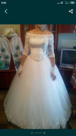 продам весільну сукню, прокат