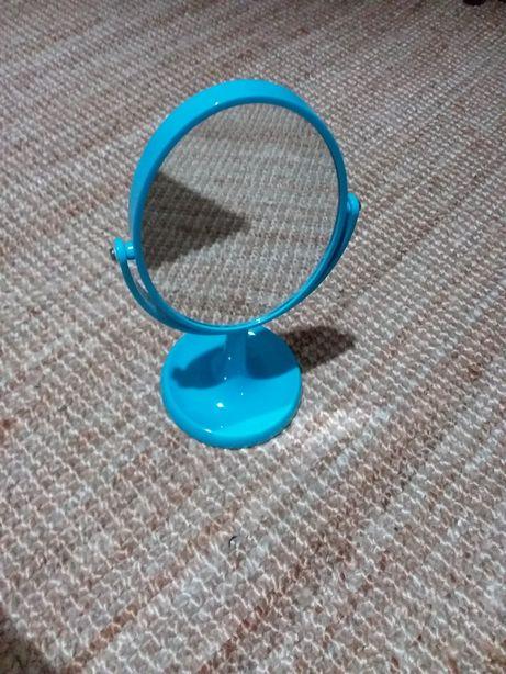 Espelho cor azul