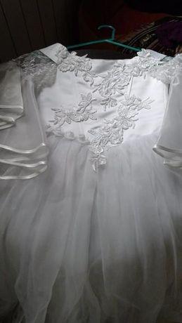 Платье на выпускной нарядное и красивое