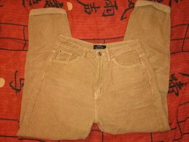 Brązowe spodnie Bershka sztruks
