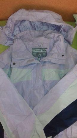 Куртка зимняя женская фирмы Trespass