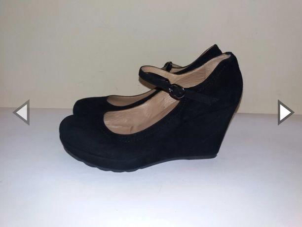 Продам туфли на платфооме 37 размер