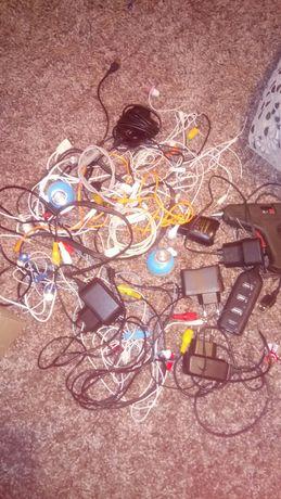 Телефоны и комплектуюющие.