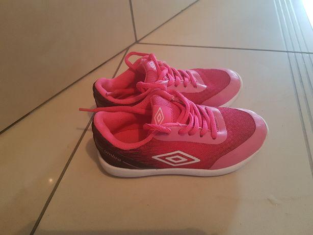 Adidaski Umbro roz 27